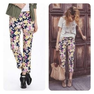 Anthropologie Cartonnier floral ankle pants